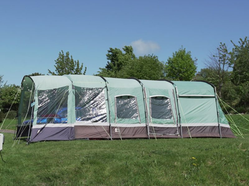 hook-farm-camp-site-camping-3-1