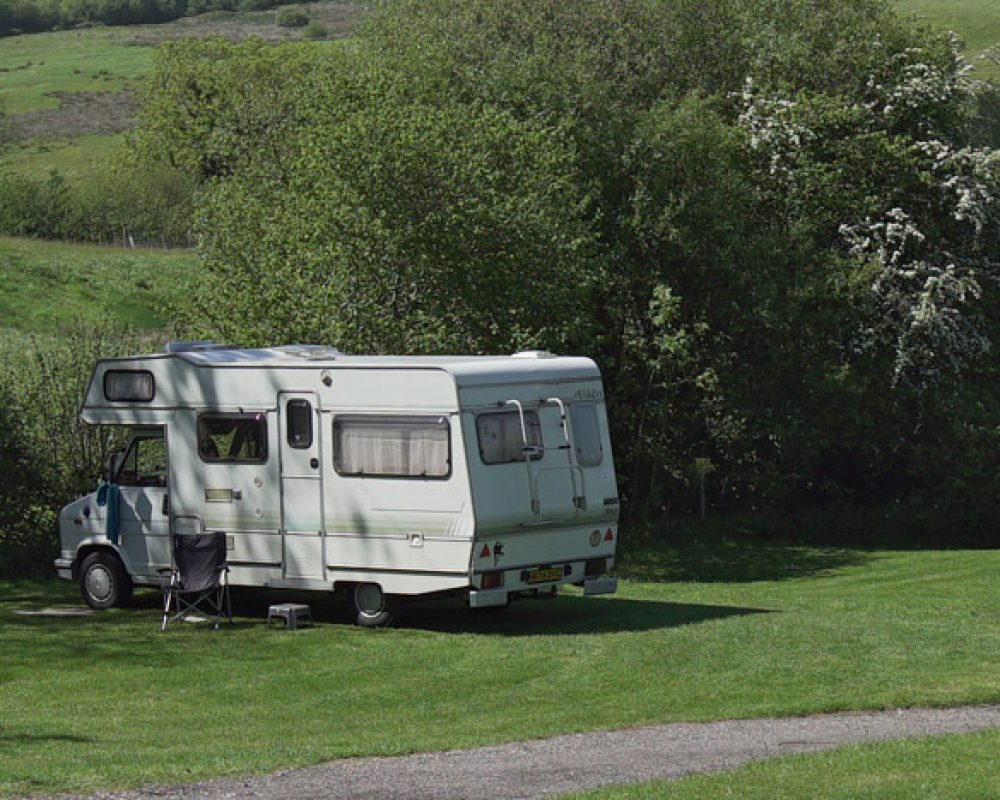 hook-farm-camp-site-motorhome-6