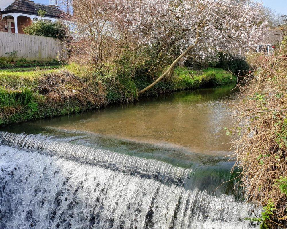 river_lim_path_weir